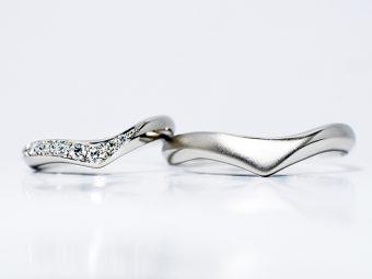 結婚指輪V型デザイン