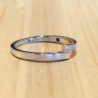 結婚指輪に誕生石