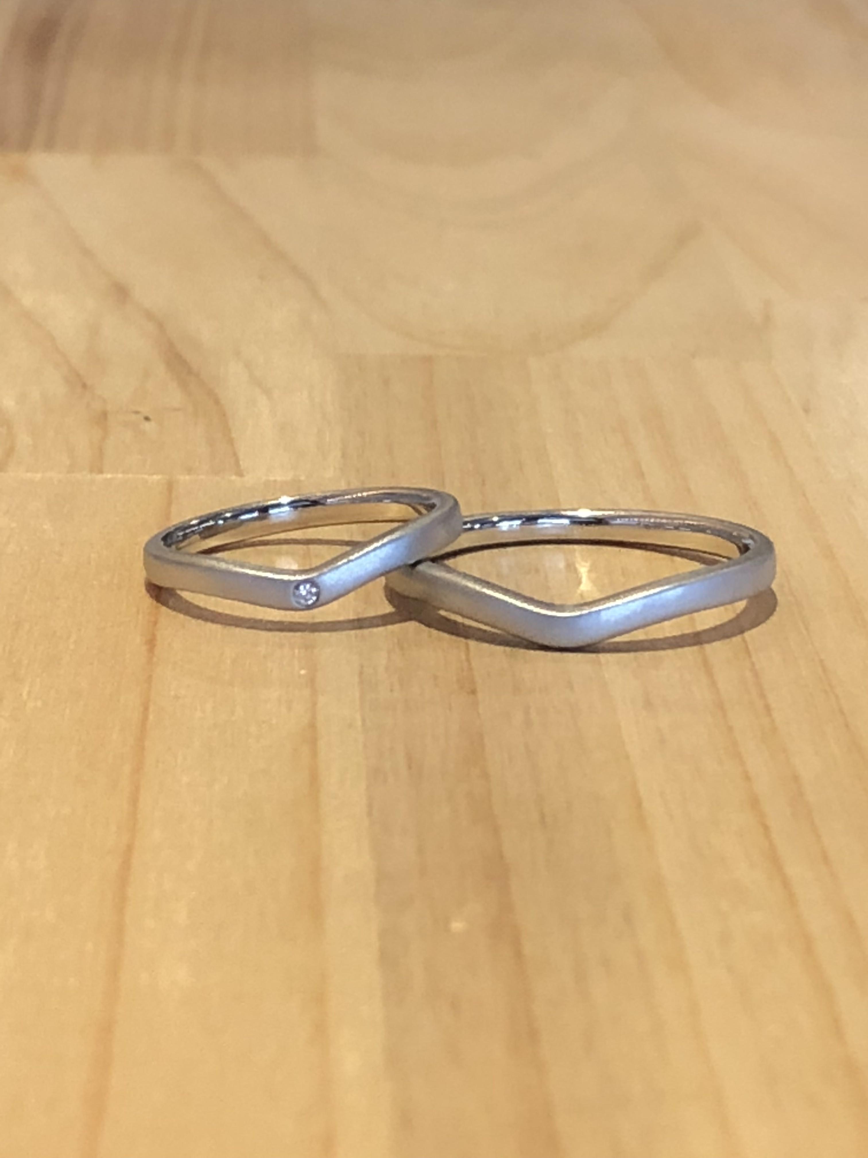 結婚指輪V型マット