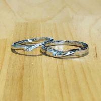 結婚指輪ストレートウェーブ