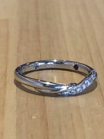 結婚指輪と誕生石