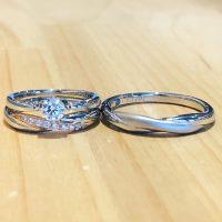 結婚指輪と婚約指輪のセットリング
